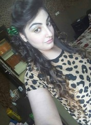 SAJNA-indian Model +, Bahrain call girl, Foot Fetish Bahrain Escorts - Feet Worship